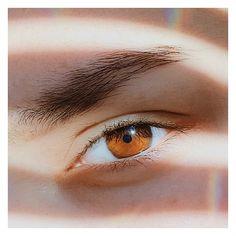 Так какой же у меня цвет глаз? Вроде бы светло-карие, но может быть тёмно-карие. А как вы думаете? Пишите ваши варианты в комментарии А если честно, то я всегда хотела иметь серые или глубокие голубые, цвета морской волны