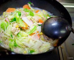 ちゃんぽん第2弾今回はカマボコ忘れずに入れた野菜だけでお腹いっぱいになりそうだ 今日も元気に楽しく  #cook #cooking #food #fujifilm #xe2 #xf35mm  #野菜 #家庭料理 #料理 #ちゃんぽん