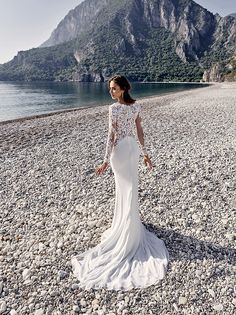 Cheap lace mermaid wedding dress, Buy Quality mermaid wedding dresses directly from China wedding dress Suppliers: wejanedress customized white lace vestido de casamento full sleeved bridal gown 2017 lace mermaid wedding dress Wedding Dresses 2018, Wedding Dress Shopping, Designer Wedding Dresses, Bridal Dresses, Bridesmaid Dresses, Prom Dresses, Allure Bridals, Dress Attire, Lace Mermaid Wedding Dress