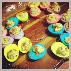 RaisedSouthern.com: Colored Deviled Eggs-- any color, any holiday, and any occasion!