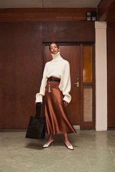 Solace London Resort 2019 London Collection - Vogue