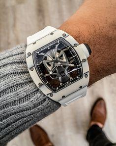 The new Richard Mille RM Tourbillon Skull watch with original photos and expert analysis. Richard Mille, Amazing Watches, Cool Watches, Male Watches, Breitling, Gladiator Helmet, Smartwatch, Tourbillon Watch, Watches Photography