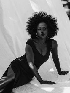 Viola Davis in Porter Edit March 2018 by Virginie Khateeb My Black Is Beautiful, Beautiful People, Beautiful Women, Simply Beautiful, Beautiful Eyes, Absolutely Stunning, Meryl Streep, Black Power, Black Girls Rock