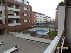 VENDO PISO URBANIZACION MAIRENA CENTRO (NUEVO BULEVAR) MAIRENA DEL ALJARFE (SEVILLA)  VENTA 155.000 €  4 dormitorios, 145 m2, 2 amplios baños exteriores,  Armarios empotrados en todos los dormitorios,   Salón con terraza (9m2), cocina con terraza lavadero (8m2),  Ventanas de aluminio, doble acristalamiento,  Tf. 646 123 153 http://alquileresmyr.blogspot.com www.myr200.wordpress.com  www.sinsubastas.com/catalogo-29947.htm  www.visita-site.com/alquileresmyr…