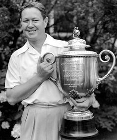 Top 10: Texas Born Golfers - #2 Byron Nelson. was an American PGA Tour golfer between 1935 and 1946. Nelson and two other well-known golfers of the time, Ben Hogan and Sam Snead, were born within seven months of each other in 1912. Wikipedia Born: February 4, 1912, Waxahachie, TX