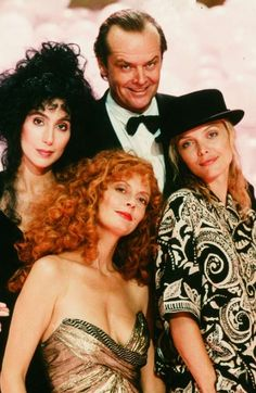 """A still from the 1987 film """"The Witches of Eastwick"""": (Clockwise) Cher, Jack Nicholson, Michelle Pfeiffer and Susan Sarandon. Die Hexen Von Eastwick, The Witches Of Eastwick, Warner Bros Movies, Charles Dance, Tv, Proposal Photographer, Ensemble Cast, Susan Sarandon, Epic Photos"""