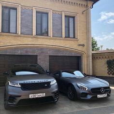 dream car Left or Right Range Rover Velar Vs Mercedes AMG GT! Courtesy of - Help us grow the Mercedes Amg, Dream Cars, My Dream Car, Lamborghini Veneno, Fancy Cars, Cool Cars, Maserati, Ferrari, Bugatti