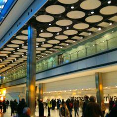 Heathrow Terminal 5 International Arrivals