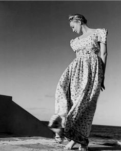 "Photo by Louise Dahl-Wolfe, 1941, Elizabeth ""Liz"" Gibbons, Cuba."