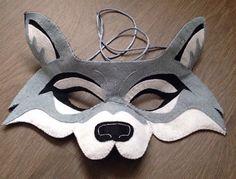 Llop. Màscara de feltre. Inspirada en les creacions de oxeyedaisey.  https://www.etsy.com/es/shop/oxeyedaisey?ref=s2-header-shopname