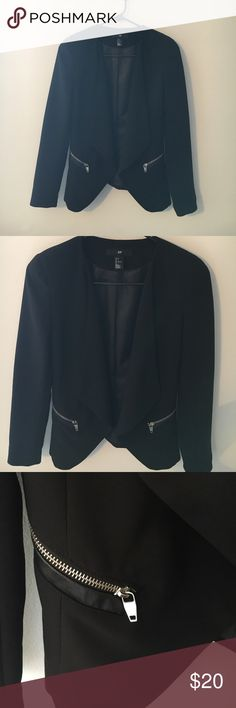 NWOT H&M Black Blazer Brand new, never worn.Size 4 from H&M. Fitted style. Looks cute dressed up for a professional style or dressed down for a night out! feel free to make offers  H&M Jackets & Coats Blazers