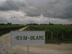 """#JPLVMH #ChevalBlanc Une """"Journée particulière"""" LVMH au chateau Cheval Blanc à Saint Emilion / France Bleu"""