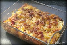 Pineapple stuffing with crispy bacon
