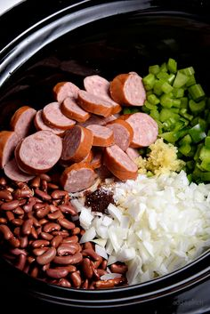 Creole Red Beans And Rice Recipe, Red Beans And Rice Recipe Crockpot, Crockpot Dishes, Crock Pot Slow Cooker, Crock Pot Cooking, Slow Cooker Recipes, Cooking Recipes, Crockpot Meals, Pressure Cooker Red Beans And Rice Recipe