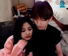 Twice Photoshoot, Bts Twice, Tzuyu Twice, Worldwide Handsome, Bts Edits, Bts Taehyung, Baekhyun, Relationship Goals, Fan Art