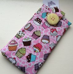 Pink Cupcakes Fabric Phone Case