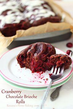 Cranberry Chocolate Brioche Rolls #recipe #chocolateparty Roxanashomebaking.com