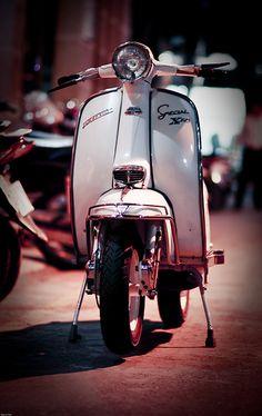 Lambretta 200CC    Lambretta 200cc LiS