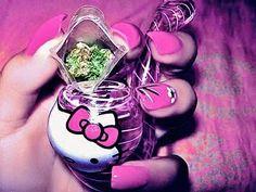 Hello Kitty Weed Pipe <3 Pink Nails <3 420 Kush
