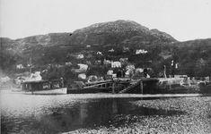 Møllendalsbryggen med trapp 1909. Hit kom nok mange av Thesens gjester med båt. Billedsamlingen Universitetsbiblioteket i Bergen.