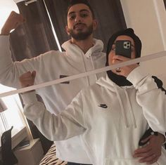 Muslim Couple Quotes, Cute Muslim Couples, Cute Couples, Family Goals, Couple Goals, Arab Couple, Muslim Pictures, Muslim Couple Photography, Muslim Family