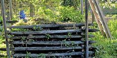 Bilderesultat for kompostbinge Wood, Crafts, Garden Ideas, Gardening, Composters, Manualidades, Woodwind Instrument, Lawn And Garden, Trees