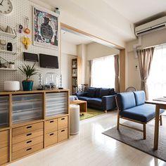 男性で、1LDKの1LDK/1LDK 1人暮らし/Applebum/hermankardon/男の一人暮らし…などについてのインテリア実例を紹介。(この写真は 2016-09-12 15:50:34 に共有されました) Muji Home, Condo Decorating, Japanese Interior, House Rooms, Interior Design Living Room, Interior Livingroom, Interior Architecture, Living Room Furniture, Small Spaces