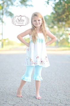 Little Lady's Water drop petal leggings ruffle by averymacroo, $32.00