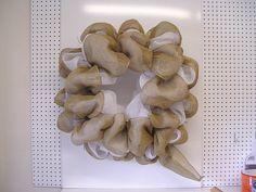 Wreath tutorial using a Square Twig Wreath Vertical Line Deco Poly Mesh, Poly Burlap, Jute Ribbon and Banana Weave Ribbon Twig Wreath, Frame Wreath, Wreath Crafts, Burlap Wreaths, Wreath Ideas, Pencil Wreath, Square Wreath, Wreath Making Supplies, Trendy Tree
