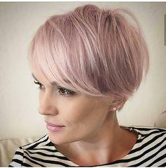 Cheveux gris 70 coiffures qui ne font pas mamie en 2019