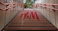 Stiegenwerbung Wien H&M - Produktion & Montage von richter-solutions