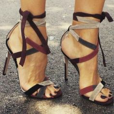 The color combo is amazing. Coffee heeled #sandals. Latest arrivals.