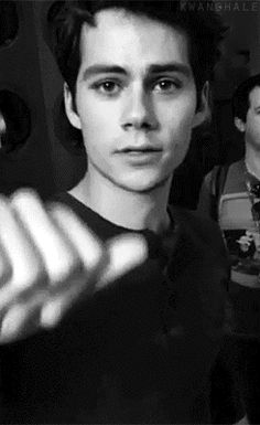 Dylan O´Brien gif NEWS! Dylan as Stiles Stilinski from Teen Wolf is on the ballot of the Emmy´s for Outstanding Supportive Actor in a drama series! Teen Wolf Scott, Teen Wolf Dylan, Teen Wolf Stiles, Dylan Sprouse, Dylan O Brien Gif, Dylan O Brien Cute, Dylan O Brien Imagines, Cenas Teen Wolf, Meninos Teen Wolf