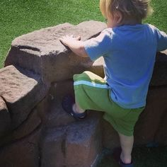 FUN IN THE SUN  #playallday #climb #jump #paint #explore #dig #dump #sing #read #learn #play #dowhatyoulove #playistheworkofchildhood #letthembelittle #pajamamamamonday #pajamamamafunday #itsfriday #f4f #followback #jammiedaddiestoo #allpjpals #childrensbook #kidlit #erinecarter #childrensbookauthor #childrensbookillustrator #eifrigpublishing