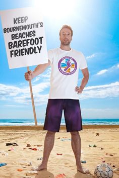 TV Presenter Ben Fogle will be joining the Surfers Against Sewage team of volunteers for the first 'SAS Barefoot Wine Beach Rescue Project' event this weekend, on Saturday 14th April at Hengistbury Head in Bournemouth.