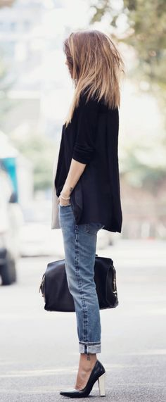 Nicoletta Reggio wearing boyfriend jeans from 2W2M, blazer from Lanvin and shoes from Sarenza