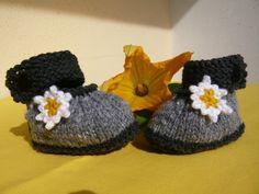 Strick- & Häkelschuhe - Baby Trachten Schuhe - ein Designerstück von 3clean bei DaWanda
