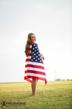 American Flag Senior Pictures Knowledge - Any person scheming to make a small business out American Flag Photography, 4th Of July Photography, Photography Senior Pictures, Senior Photos, Wedding Photography, Summer Senior Pictures, Country Senior Pictures, Flag Photoshoot, Photoshoot Ideas