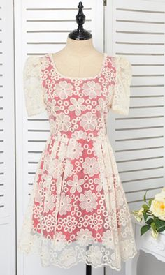 Organza puff sleeve waisted dress  YB11948 just amazing dress Perfect for a fun day out..