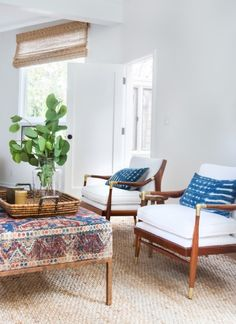 love this ottoman, chairs