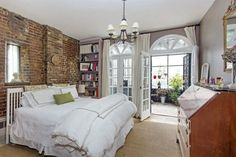 norah jones' cobble hill carriage house | domino.com