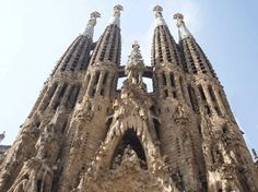 Barcellloonnaa!!!! Early Check In, Antoni Gaudi, Spain And Portugal, Barcelona Hotels, Barcelona Travel, Barcelona City, Barcelona Cathedral, Wonders Of The World, Places To Travel