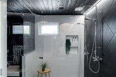 Kylpyhuone kohteessa Sievitalo Kultakoivu | Asuntomessut 2018 Pori Home Spa, Decor, Bathtub, Sauna, Interior, Home Decor, Bathroom