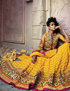 This yellow lehenga choli is designed best to wear on weddings Product code - G3-WLC1240 Price - INR 9395/-