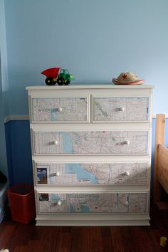 "perfect for a future little boy's ""travel"" theme room!"