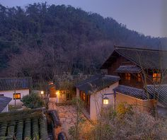 Amanfayun Boutique Resort | Hangzhou, China In the spirit of a traditional Chinese village, Amanfayun is a place to explore – a place of stone pathways leading to shaded courtyards, quaint restaurants and peaceful abodes.