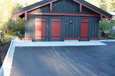 belegningsstein rundt asfalt - Google-søk Shed, Outdoor Structures, Lean To Shed, Backyard Sheds, Coops, Barn, Tool Storage, Sheds