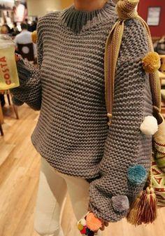 Dark Grey Plain Appliques Round Neck Fashion Acrylic Pullover Sweater
