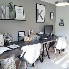 We love this workplace by @interiorbylindawallgren 😍 #kubehus #vesterålen #interior #interiorinspo #interiordesign #interiør #interiørinspirasjon #interiorinspiration #interiors #interior4all #unike_hjem #interiorwarrior #hltips #interior123 #nordiskehjem #boligpluss #housegoals #modernliving #minimalism #dream_interiors #mitt_modernehjem #nordicminimalism #interior4dreaming #whiteinterior #nordic_homes #nordicinspiration #mynordicroom