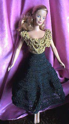 Romancing BJ - free pattern Knitted Dolls, Crochet Dolls, Fashion Dolls, Fashion Dresses, Accessoires Barbie, Crochet Doll Pattern, Crochet Patterns, Crochet Barbie Clothes, Barbie Dolls